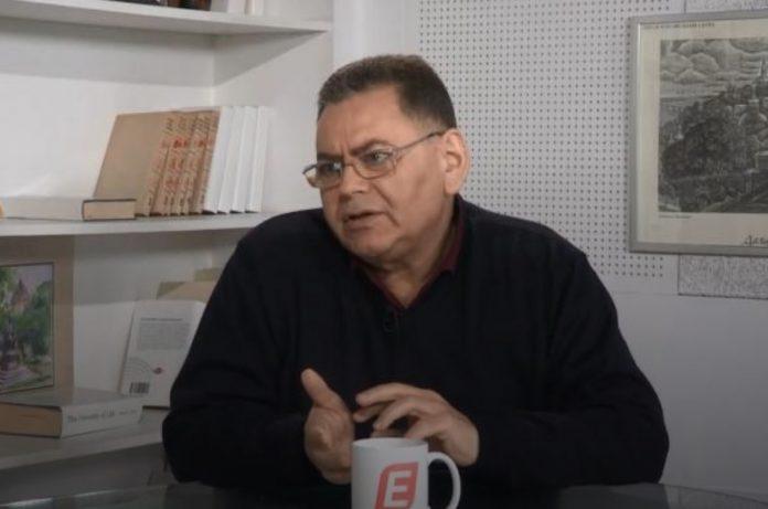 Карл Волох - биография. Бизнесмен. Блогер. РомиТаль. Википедия. Фейсбук. Порохобот. О Зеленском
