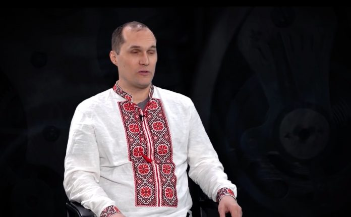 Бутусов Юрий Евгеньевич (Бутусов Юрій) - биография. Цензор.Нет. Журналист. Фейсбук