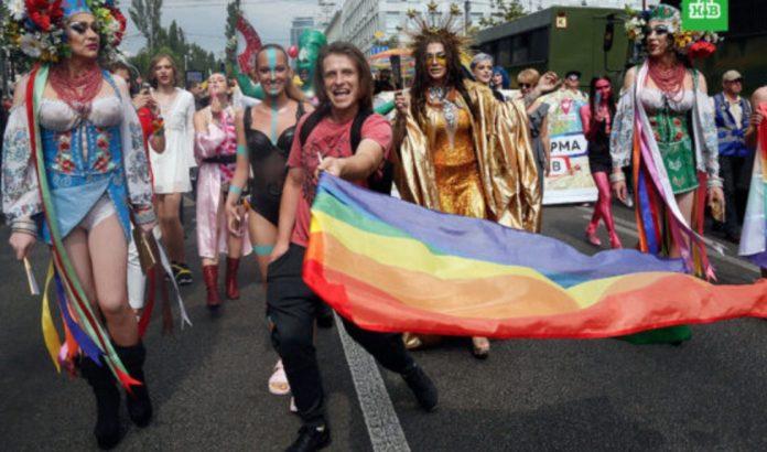 В суде Ровного будет слушаться дело по ЛГБТ параду