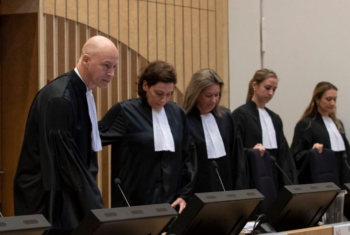 В Нидерландах возобновили слушания по делу MH17